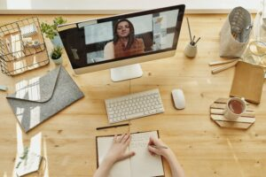 The Benefits of Online Courses and E-Learning Tutorials 1